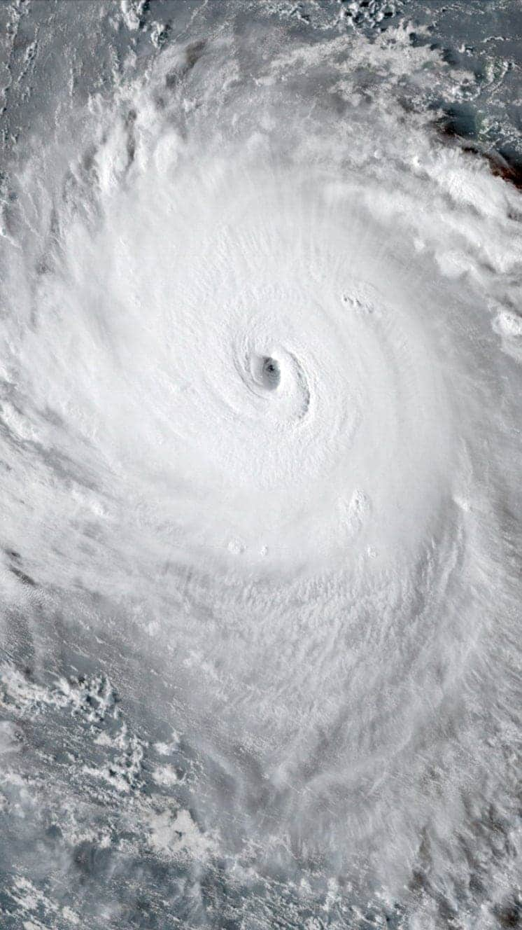 1536594641 529 Hurricane Florence 039Extremely dangerous039 storm threatens East Coast - Hurricane Florence: Where is being hit?